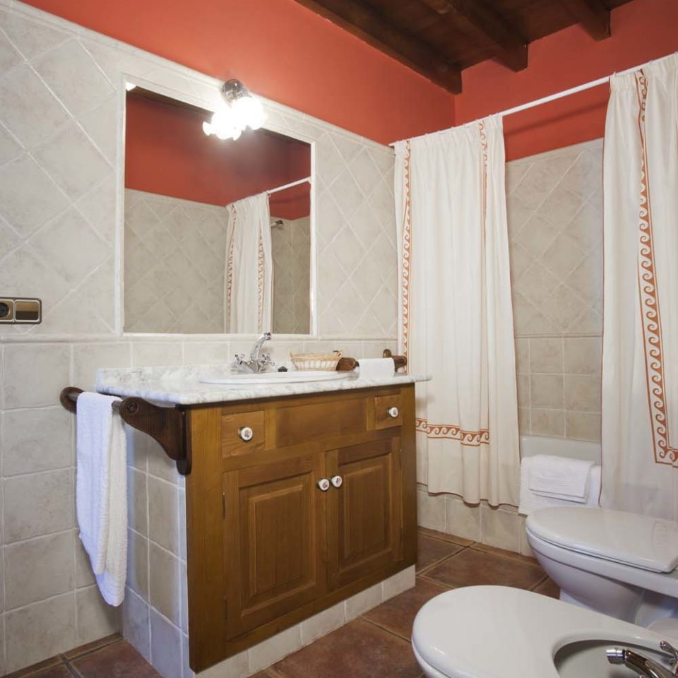 Baño_ Casa Ferrería 1